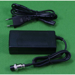 PATINETE ELÉCTRICO MASSCITY MS002 38KM/H BRUSHLESS 350W BAT. 36V 8A 30KM AUTONOMÍA