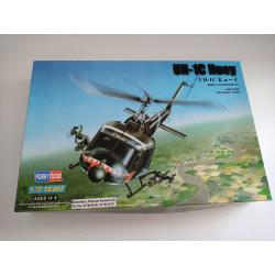 MAQUETA UH-1C HUEY ESCALA 1/72